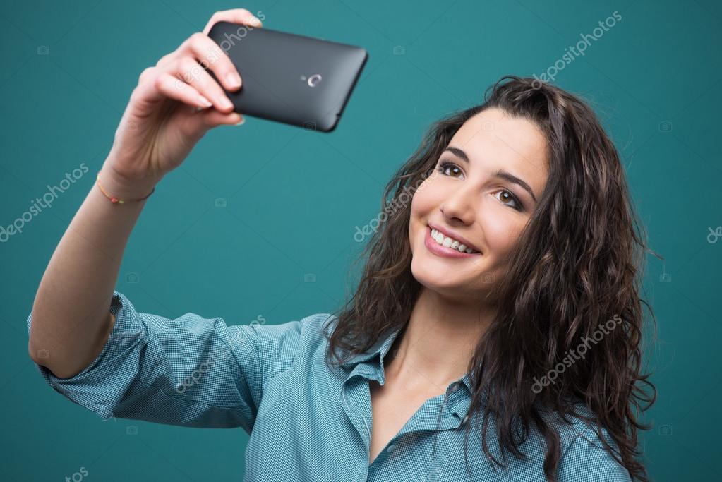 <h4>Video aufnehmen</h4> Sie können das Video im Selfie-Modus benutzen, um ein Video für uns zu  hinterlassen.